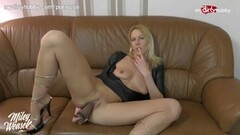 German MILF anal cam show using her toys Thumb