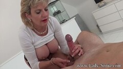 Steamy Erotic massage and handjob from Lady Sonia Thumb