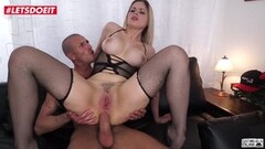 Hot Blonde Babe Gets Nailed Hardcore on Casting Couch Thumb