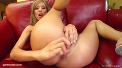 Gonzo style solo fingering masturbation on Give Me Pink Thumb