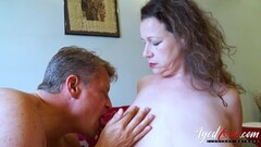 Horny Bussinesman Seduced by Hot Mature Mom Thumb