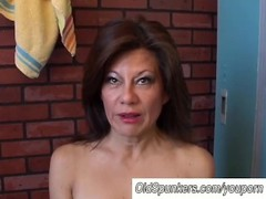 Gorgeous mature amateur has a juicy pussy Thumb
