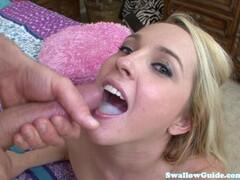 Mrs Scarlett sucking cock Thumb