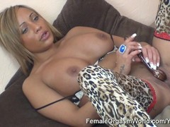 Sultry Miss Romana Ryder Stimulates Her Clit to Orgasm Thumb