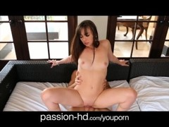 Passion-HD 18yo gets surprise birthday Thumb