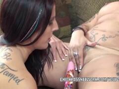 Depraved nurse fucks her patient Thumb