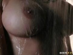 Greek Amateur Lesbians Kiss Thumb