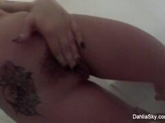 Petite black francaise en lingerie prise en double penetrations Thumb