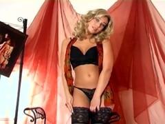 Lightning FF13 3D Hentai Thumb