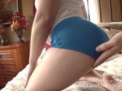 Peeping on a leggy redhead in public Thumb
