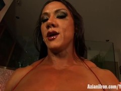 Aziani Iron Amber Deluca rides the sybian sex toy Thumb