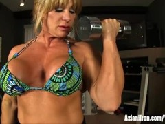 Aziani Iron female bodybuilder works out nude and shows big clit Thumb