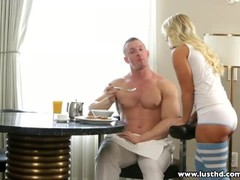 Boning petite blonde for breakfast Thumb