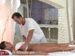 Sexy Ivy massage and happy ending Thumb