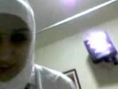 Arabic Nurse Sucks Big Moroccan Cock Thumb