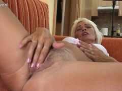 Amateur granny needs a good fuck Thumb