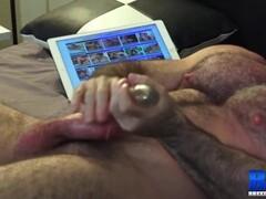 Horny SLUTINC pussy farting like MAD! Thumb