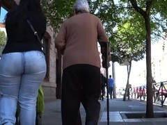 Spanish candid big asses from GLUTEUS DIVINUS Thumb