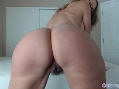 Happy Monday Hot Milf Jess Ryan Strips N Twerks Thumb