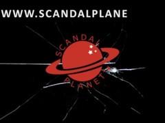 Amanda Seyfried And Julianne Moore Lesbo Scene In Chloe ScandalPlanet.Com Thumb