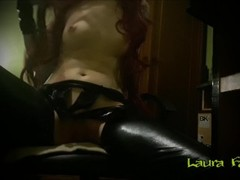 Tribute - horny redhead in latex masturbating - Laura Fatalle Thumb