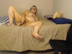Loud moaning silver haired brat whore Aly bangs a fat vagina Thumb