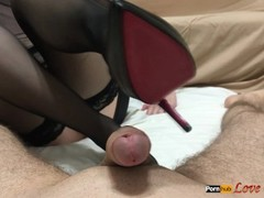 High heels footjob - cum on shoes Thumb
