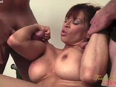 Female Bodybuilder Porn Star Gives Head Muscle Fucks Thumb