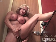 Naked Female Bodybuilder Masturbates Her Big Clit Vibrator Thumb
