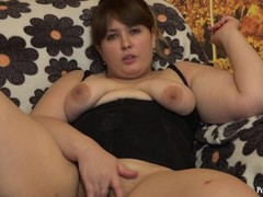 Fucks with a bottle, a young fat woman with a hairy pussy Thumb