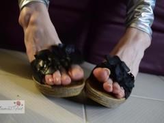 Japanese Korean Goddess With Natural Toe Nails Gives You A Countdown JOI Thumb