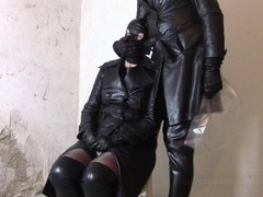 Sunday in leather coats: Leather hood and bagging Thumb