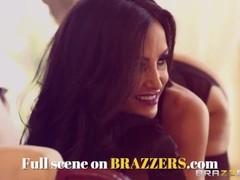 BRAZZERS - Three sporty sluts, Juelz Ventura & Krissy Lynn & Mackenzee, Pierce all share a cock Thumb