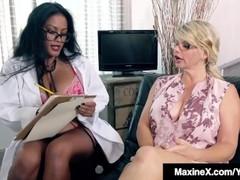 Asian Milf Maxine-X Butt Fucks Famous Vicky Vette ! Thumb