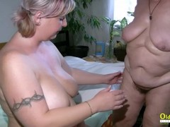 OldNannY BBW Mature Lesbians Playing Together Thumb