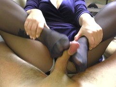 Amateur Teen StepSister Footjob Pantyhose Thumb