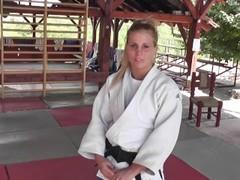 Instructional judo Thumb