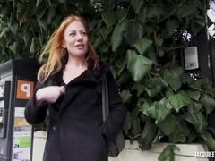 Jacquie et Michel TV : Ella 37 ans une masseuse très coquine Thumb